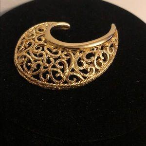 Gold Toned Filigree Vintage Brooch